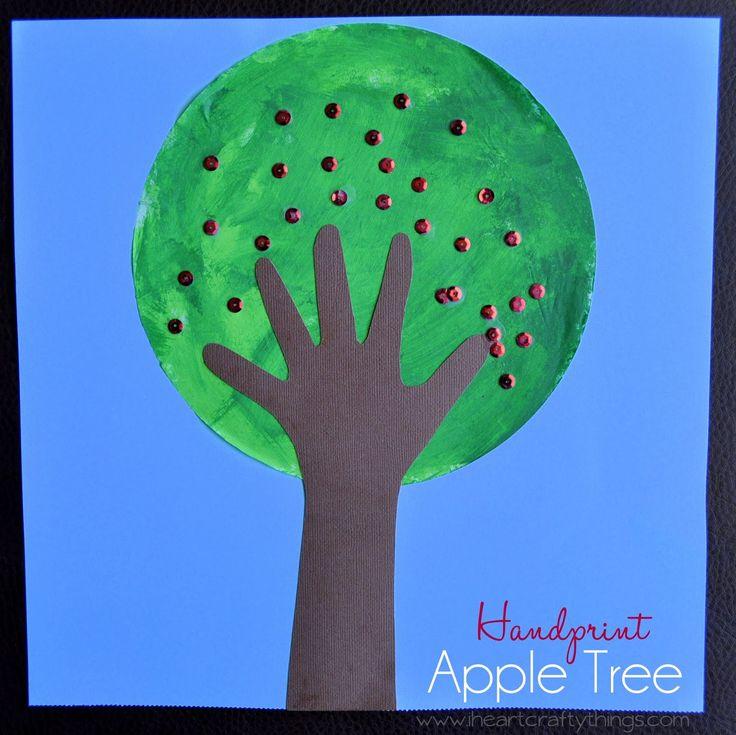 I HEART CRAFTY THINGS: Handprint Apple Tree
