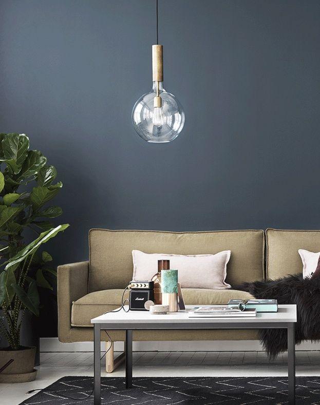 Rosdala är en fantastisk taklampa från @konsthantverktyringe. Formgiven av sabina grubbeson