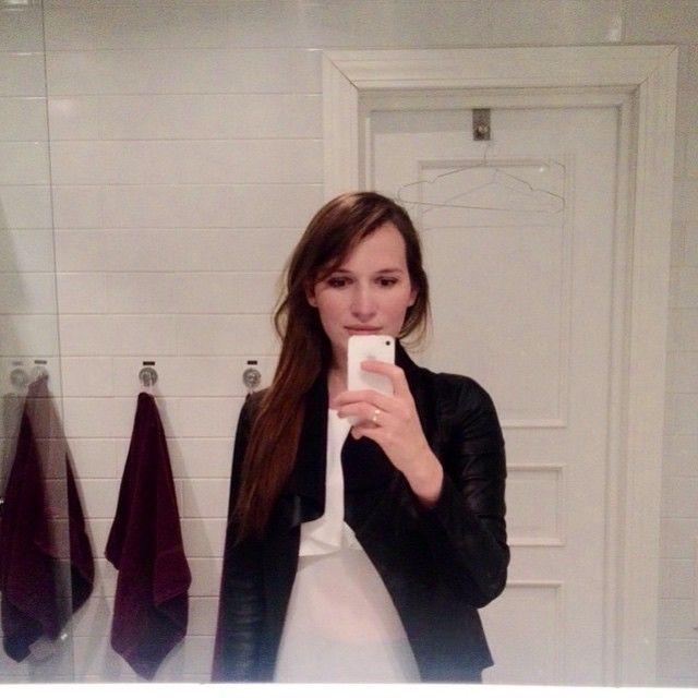 селфи фото перед зеркалом