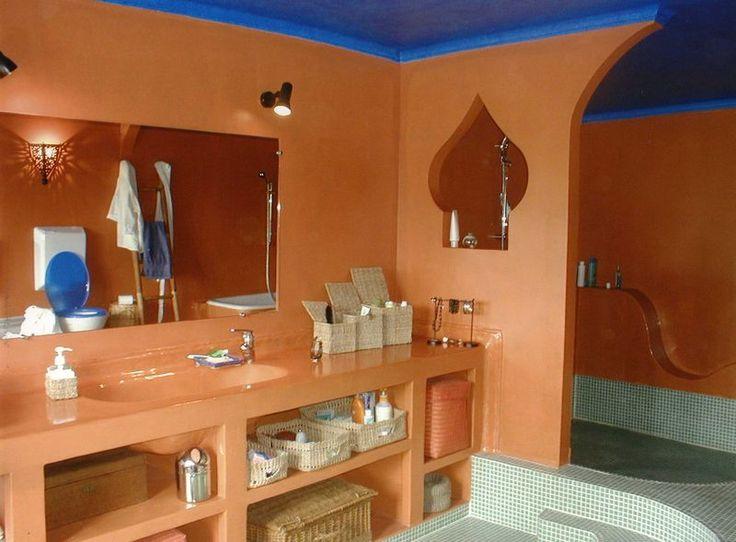Carrelage Salle De Bain Style Marocain. Vasque Orientale. Fabulous  Beautiful Vasque A Encastrer En Cuivre .