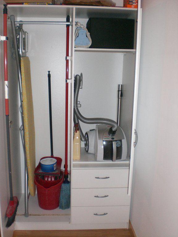 Donde guardais la tabla de la plancha, la aspiradora, el cubo de la fregona, etc? | Decorar tu casa es facilisimo.com