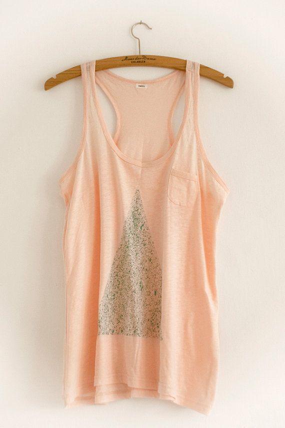 Shirt Triangle dotted | things like diamonds sorta looks like a christmas tree:)
