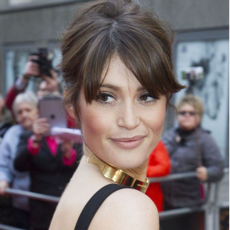 We adore Gemma Arterton's stylish updo from The Olivier Awards #Oliviers #celebrityhair #hair http://bit.ly/olivier-awards