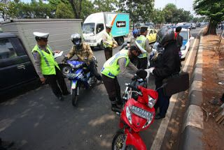 Wangsa Lifestyle: 12 Pelanggaran lalu lintas yang jadi incaran tilan...
