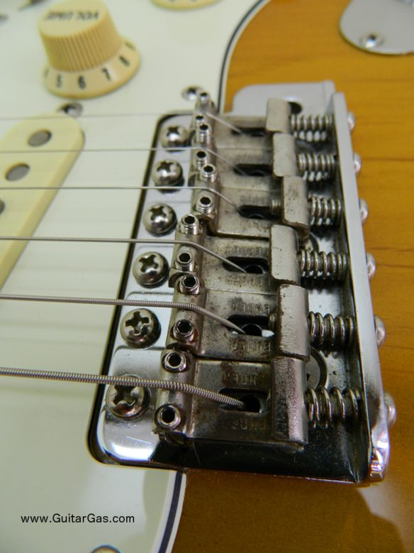 Fender Japan Stratocaster - St62 3ts Body Close up bridge bottom-e close-up