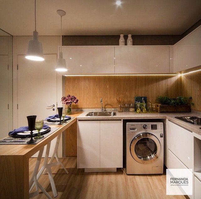 Cozinha e área de serviços integradas