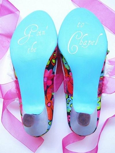Uma noiva às compras na Etsy - Clique na imagem para ver o post completo / Click to see the whole post