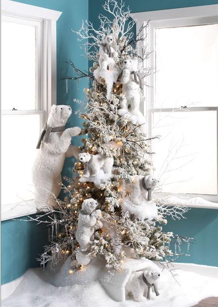 Temática de árbol de navidad con fauna del ártico. #DecoracionArbolDeNavidad