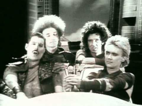 """QUEEN / RADIO GA GA (1984) -- Check out the """"I ♥♥♥ the 80s!!"""" YouTube Playlist --> http://www.youtube.com/playlist?list=PLBADA73C441065BD6 #1980s #80s"""