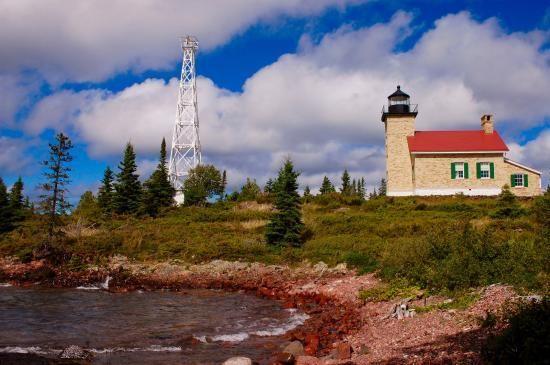 travel guide for upper peninsula michigan