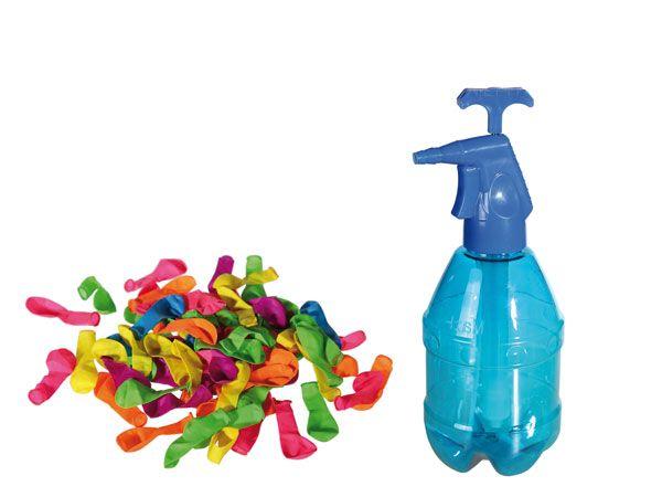 Waterballonnen met pomp. Met deze 250 waterballonnen kun je een super watergevecht houden! Neem bijvoorbeeld een kleur per team en gooien maar. De waterballonnen worden geleverd met een handige pomp om ze te vullen. #waterballonnen