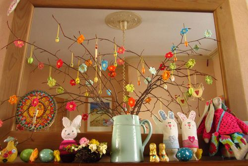 for our easter tree next year...: Crochet Flowers, Easter Tree, Crochet Decoration, Easter Mantle, Crocheted Flowers, Blossom Decorations