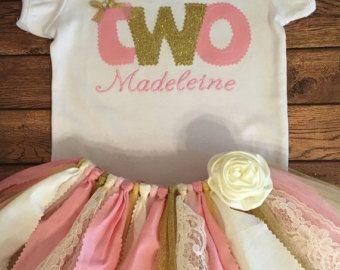 Cumpleaños de rosa, marfil y oro tutú traje con bordado de nombre de secuencia de comandos