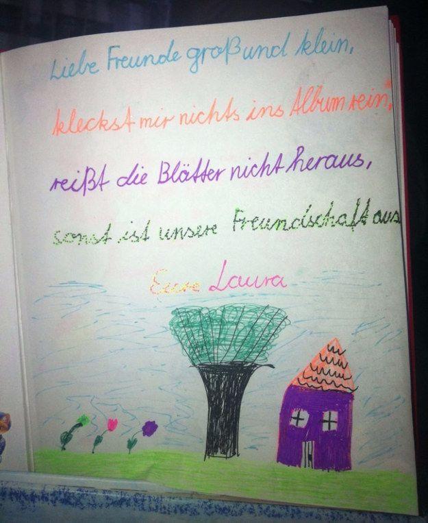 Du hast Reime in andere Poesialben geschrieben.   34 Dinge, die alle gemacht haben, die in Deutschland zur Schule gegangen sind