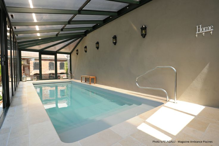 Piscine 7 x 2 5 liner gris clair 78 chevreuse piscine for Piscine interieure