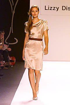 Lizzy Disney Spring 2001 Ready-to-Wear Fashion Show - Lizzy Disney, Kate Elson