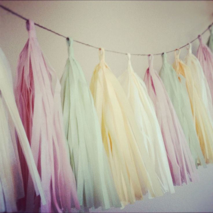 Je t'aime  tissue paper tassel garland // nursery // by PomLove, $30.00: Decorations Table Venue, Parties Decorations, Tissue Paper Tassels, Wedding Decorations, Wedding Garlands, Birthday Party Decorations, Tissue Paper Garlands, Birthday Parties Decor, Tassels Garlands