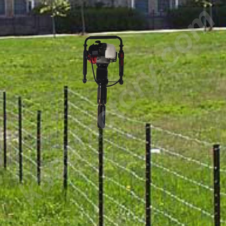 Best 25 Metal Fence Posts Ideas On Pinterest Wood Fence
