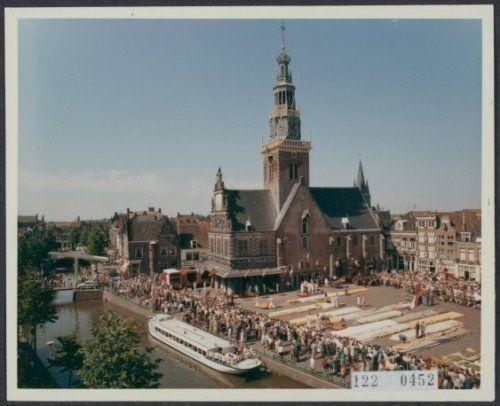http://www.gahetna.nl/collectie/afbeeldingen/fotocollectie/zoeken/weergave/detail/tstart/0/start/1466/q/zoekterm/alkmaar/q/commentaar/1