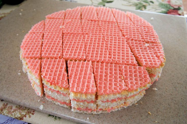 Ukrainian Waffle Cake with Dulce de Leche -- need to look for these plain wafers ...