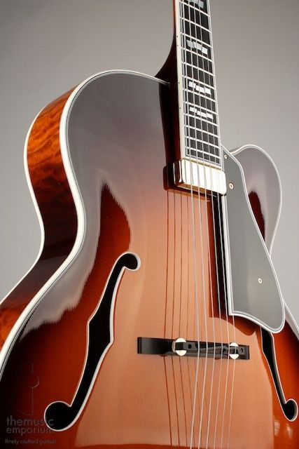 Mark Campellone | Fine Archtops