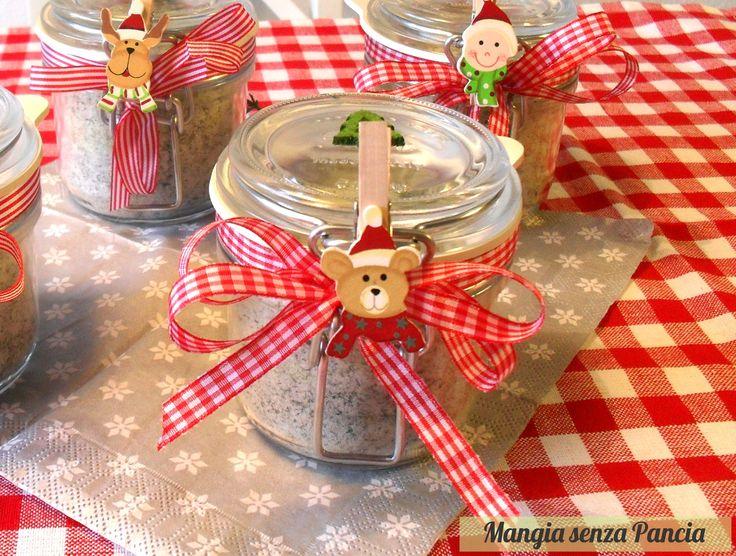 Mangia senza Pancia   Il sale aromatizzato alle erbe è ideale per insaporire o piatti ed è un ottimo modo per consumare le piantine prima del gelo invernale