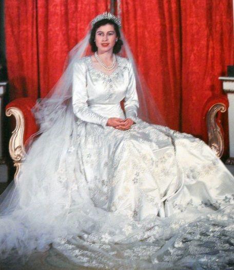 Queen Wedding: Princess Elizabeth's Wedding Gown Which Included 10,000