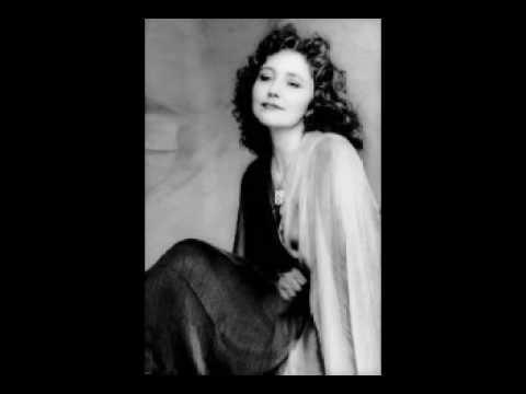 Consuelo Luz - Los Bilbilicos(the Nightingales)