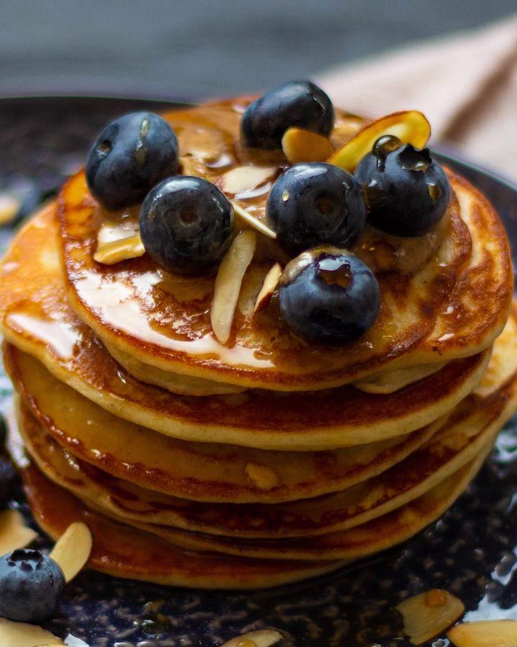 Fluffy vegan pancakes   - Einfache vegane Rezepte - #Einfache #Fluffy #Pancakes ...