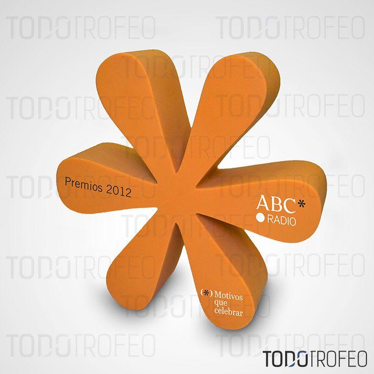 TROFEO PREMIOS ABC PUNTO RADIO 2012.   Diseñamos los trofeos para su evento deportivo. Pide su presupuesto a través de: todotrofeo@todotrofeo.com    ADWARD ABC PUNTO RADIO TROPHY 2012.  We design your sport event trophies. Request your budget in: todotrofeo@todotrofeo.com