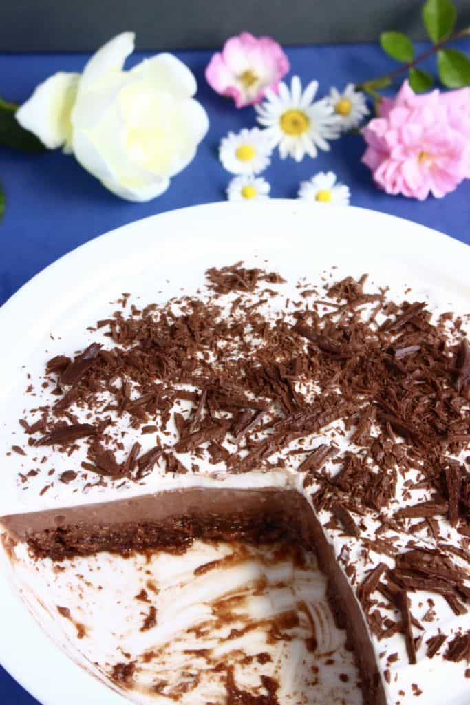 This Gluten-Free Vegan Mississippi Mud Pie is the most delicious and indulgent dessert, but so much healthier than the traditional version. Refined sugar free.