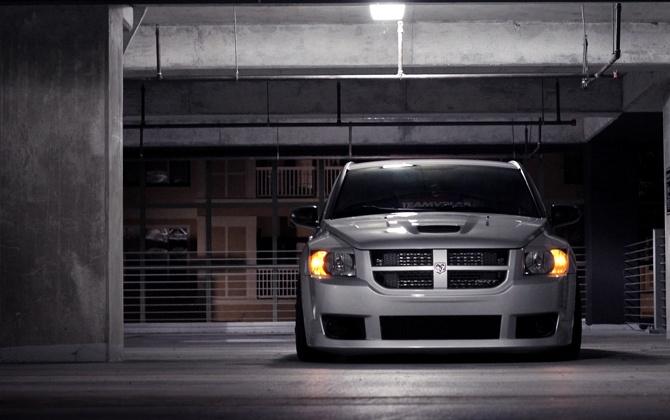 Dodge Caliber SRT4 - lurking