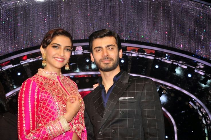 Sonam Kapoor and Fawad Khan on JDJ 7 Set. | Bollywood, Actresses, Magazines, Movies, Pictures Gallery