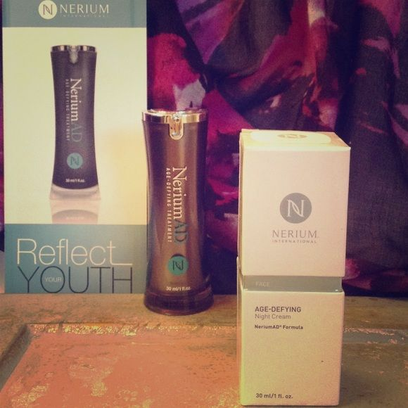 Nerium international Night Cream Age defying treatment: Night Cream. Treats discoloration, wrinkles, enlarged pores, aging or loose skin, discoloration and uneven skin texture Nerium International Other