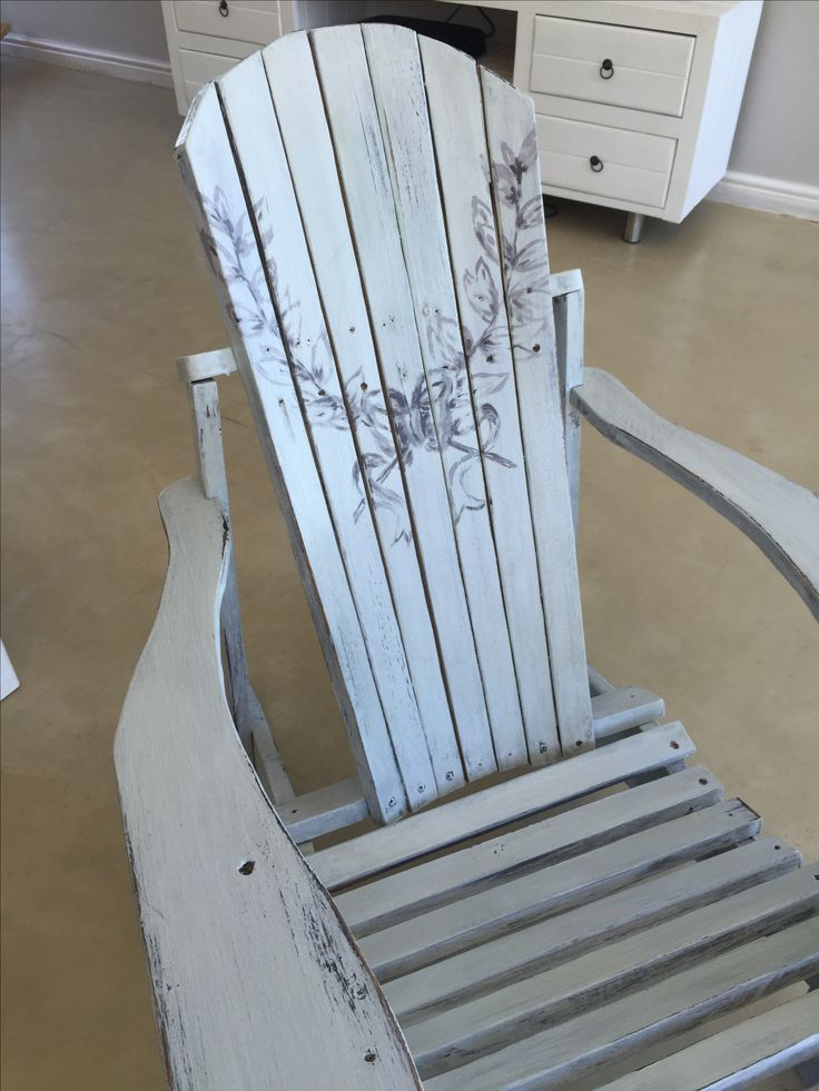 Chalk painted beach chair
