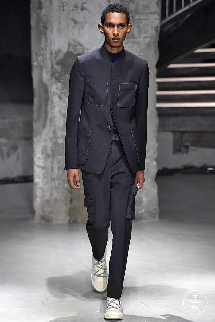 Le costume affirme ses couleurs pour l été 2019 - La promesse d un style    Les Hauts de la Mode - homme   Mode Homme, Costume et Style e96672e1d33b