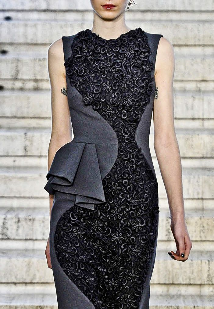 Dress with curved lace panel & pleated side peplum; fashion details // Antonio Berardi