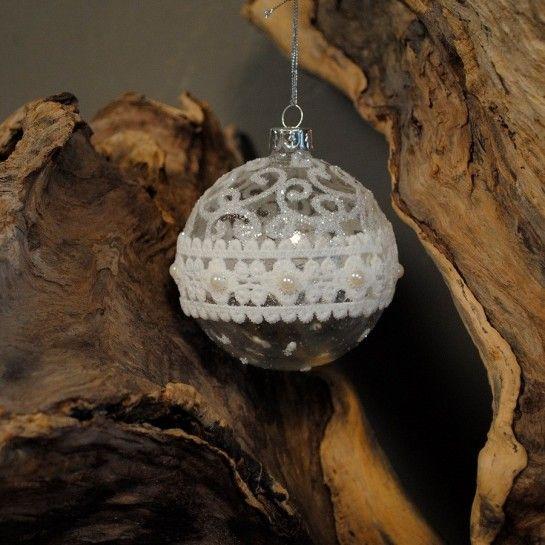 Χριστουγεννιάτικη Μπάλα Με Δαντέλα
