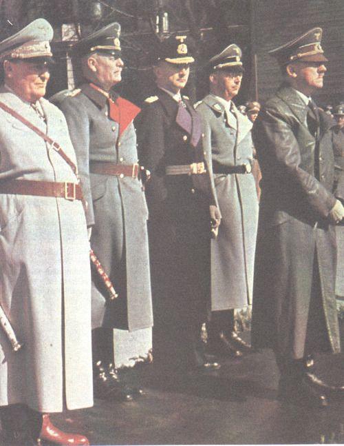 Adolf Hitler, Hermann Wilhelm Göring, Wilhelm Keitel, Karl Dönitz, Heinrich Himmler