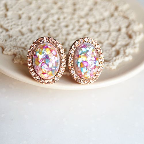 Opal earrings. Pretty!