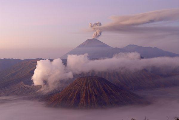 Volcan Bromo et Seremu - Ile de Java - Indonésie © Bruno Morandi