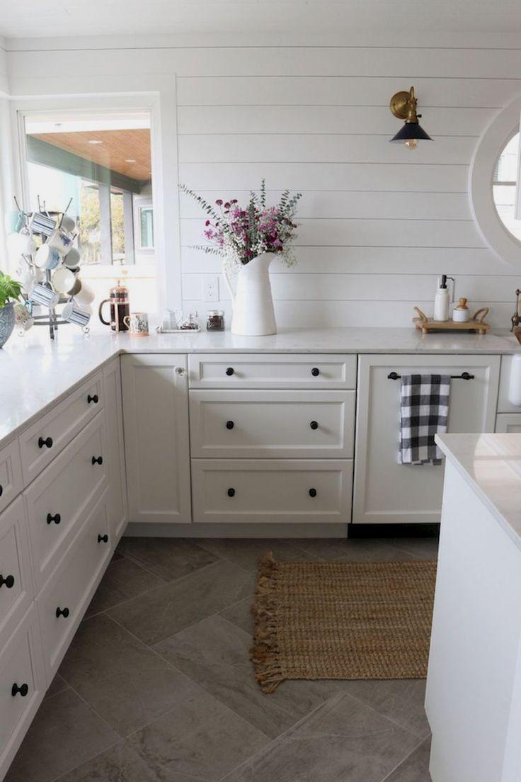 70 tile floor farmhouse kitchen decor ideas 55 in 2019 dream rh pinterest com