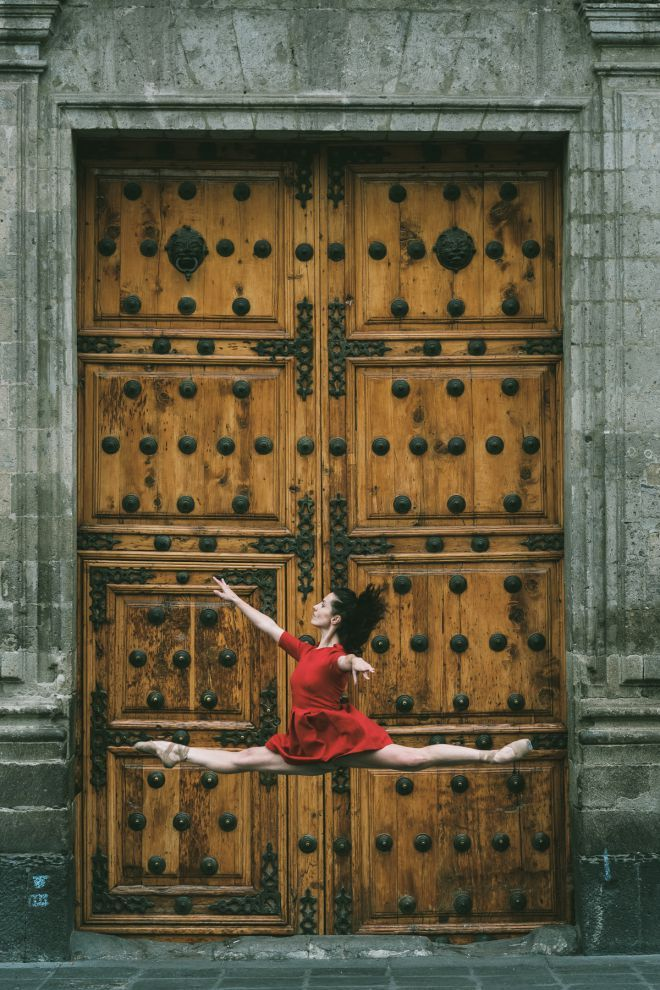 Ballet dancers make Mexico City their stage in stunning photo series#BDDqmcG9dqqd