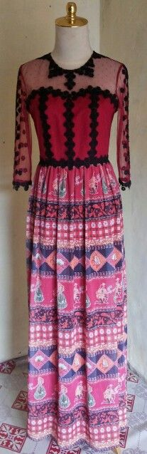 Long dress maroon by dKurnia boutique