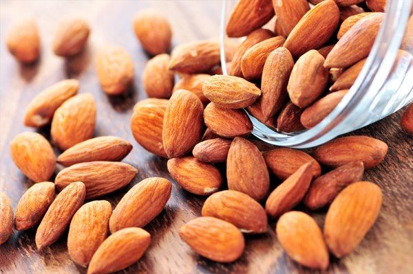 A handful of almonds makes lunchtime that much better! #thinkfisher