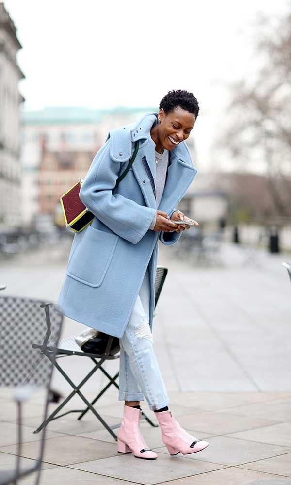 Marks & Spencer blue wool coat, Studio Nicholson top, Levi's jeans, Aspinal x Etre Cecile bag, Dorateymur pink loafer boots.  Donna Wallace - Accessories Editor  What ELLE Wears, Fashion Week Street Style.