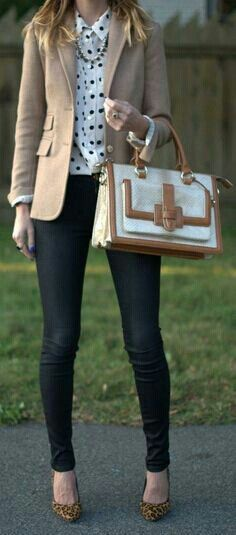 tan blazer, polka dot collared shirt, skinny dark blue jeans
