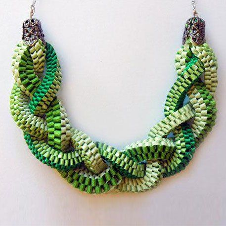 Scoubidou collar necklace    .    Maybe alter it and make it longer to do as a purse strap!