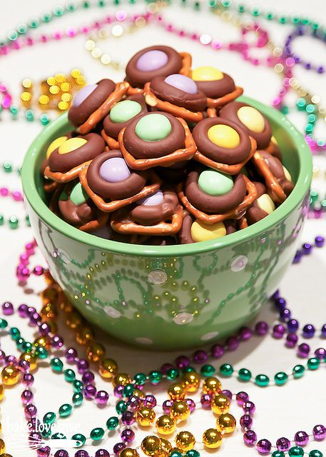 Mardi Gras Munchies by bake.love.give., via Flickr** Bunco snack