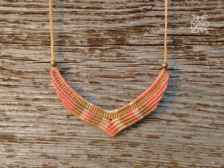 Collar Macramé, salmón, beige, camel. Medida ajustable. by TheMadEra on Etsy